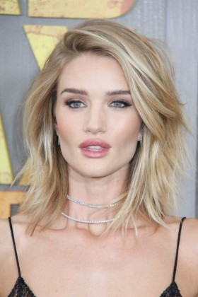 50 Gorgeous Shoulder Length Haircuts Women S Fashionizer