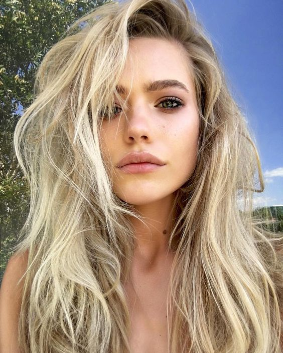 Blonde Model Russian Blue Eyes Katarina Pudar: 50 Amazing Shoulder Length Hairstyles For 2019