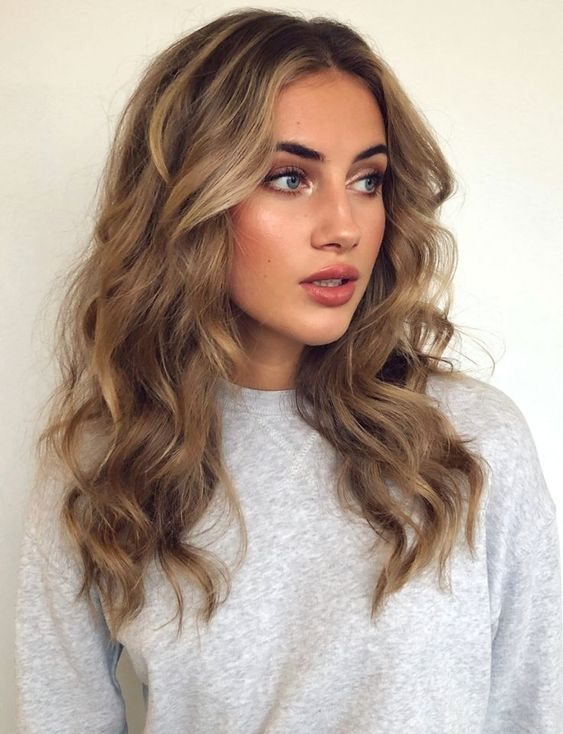 50 Amazing Shoulder Length Hairstyles for 2019   Women's ...