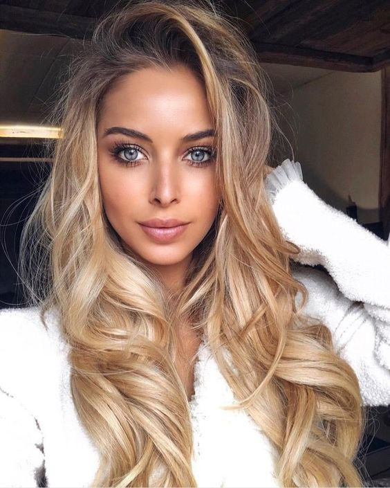 haircuts for small faces 50 amazing shoulder length hairstyles for 2019 s 2073
