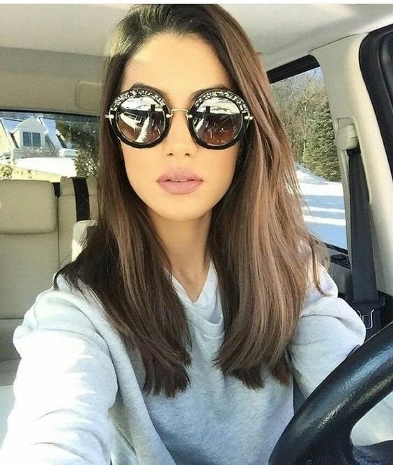 50 Amazing Shoulder Length Hairstyles for 2019 | Women's ...